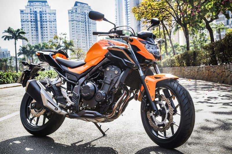 Honda CB 500F 2019 na nova cor laranja perolizado