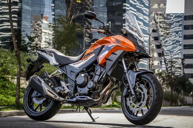 Honda CB 500X 2019 na nova cor laranja perolizado