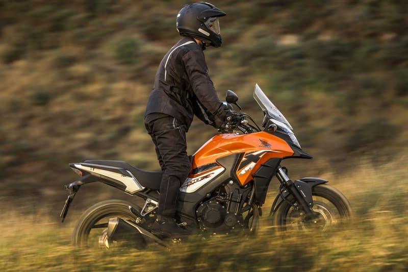 CB 500X é a mais procurada da família Honda 500; versatilidade de uso