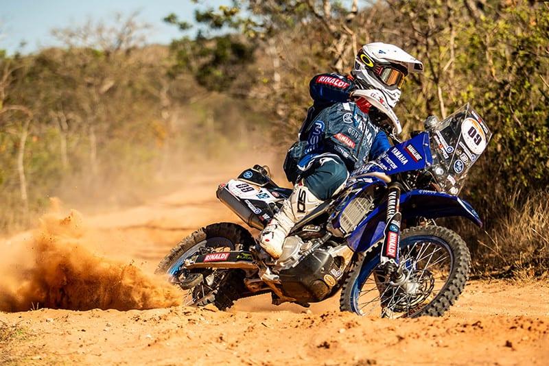 Ricardo Martins acelerou sua Yamaha WR 450 rumo ao segundo lugar na geral e à vitória na categoria Super Production – Foto: ID Assessoria de Imprensa