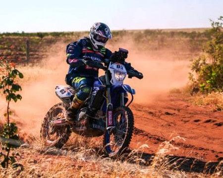 Ricardo Martins é o segundo na classificação geral das motos (foto de Vinicius Branca)