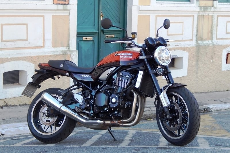 Kawasaki Z900 RS é uma das Kawasaki que está com descontos