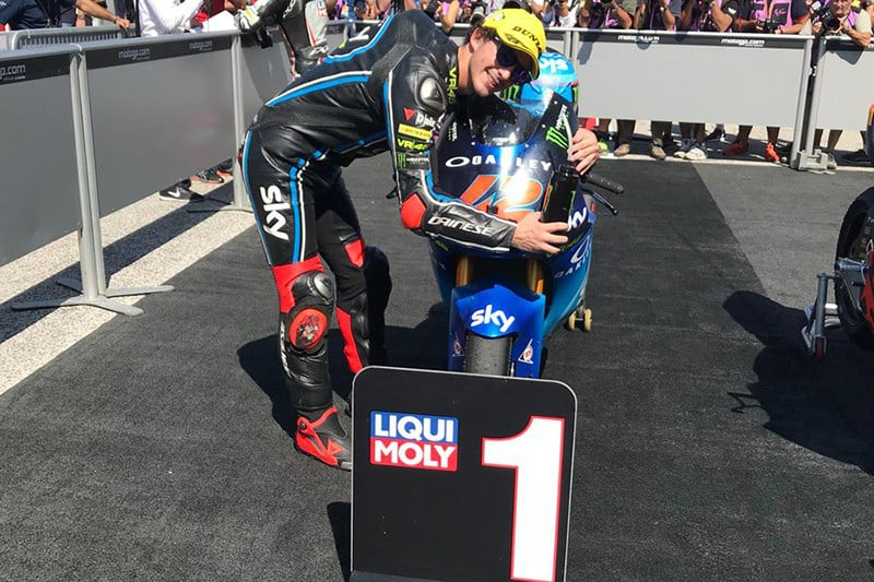 Muito amor envolvido. Francesco Bagnaia vence sexta corrida na temporada e lidera a temporada