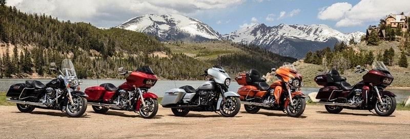 Modelos da família Touring da Harley-Davidson que ganham o novo sistema multimídia