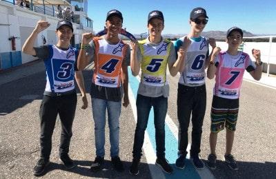 A partir da esquerda: Enzo Valentim, João Vitor de Souza Carneiro, Felipe Cortado Macan, Kaywan Freire da Costa e Lucas Alvarenga