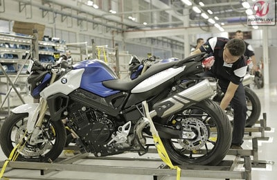 bmw-produz-50-mil-motos-no-brasil-1