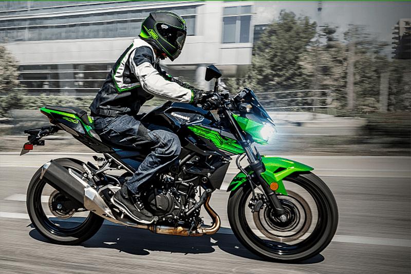 A Kawasaki ainda não se pronunciou oficialmente sobre lançar a Z 400 no Brasil, mas acreditamos que logo o modelo de 48 cv chegará por aqui - a um preço competitivo, cremos