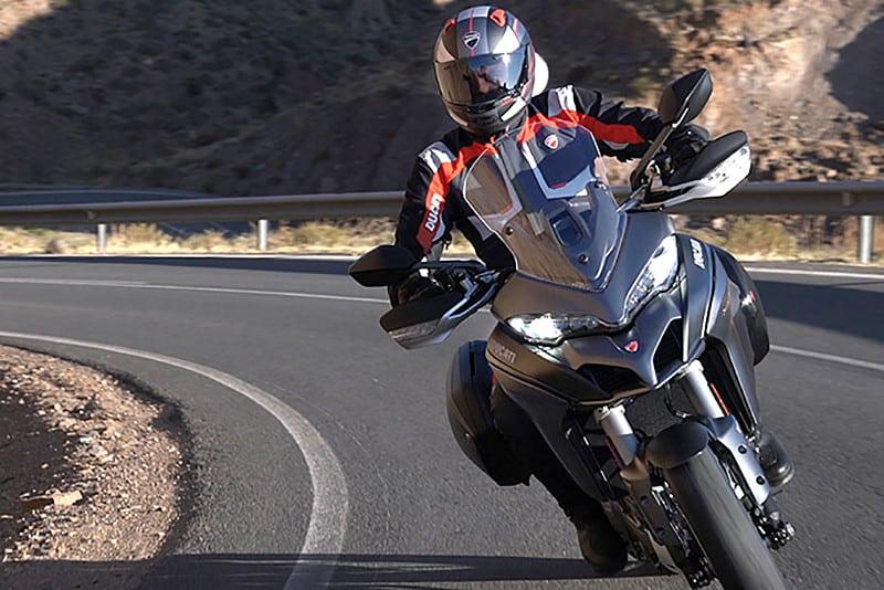 Com potência e conforto (somadas à uma boa dose de eletrônica) de sobra para encarar viagens, a Ducati trará ao Brasil a Multistrada 1260
