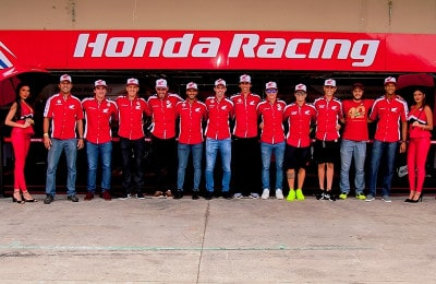 Alguns dos campeões do time Honda Racing