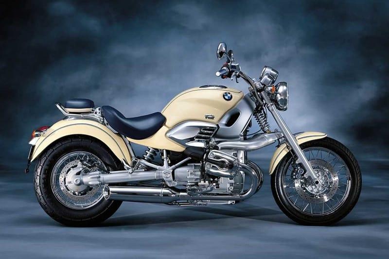 BMW R 1200 C, a moto do James Bond