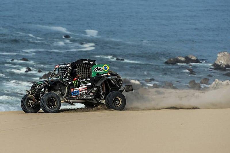 A dupla brasileira Reinaldo Varela e Gustavo Gugelmin conquistou mais um bom resultado, se mantendo na liderança dos UTVs - Foto: Dakar-DPPI