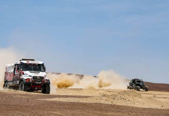 Rally Dakar etapa 7: brasileiros assumem liderança nos UTVs