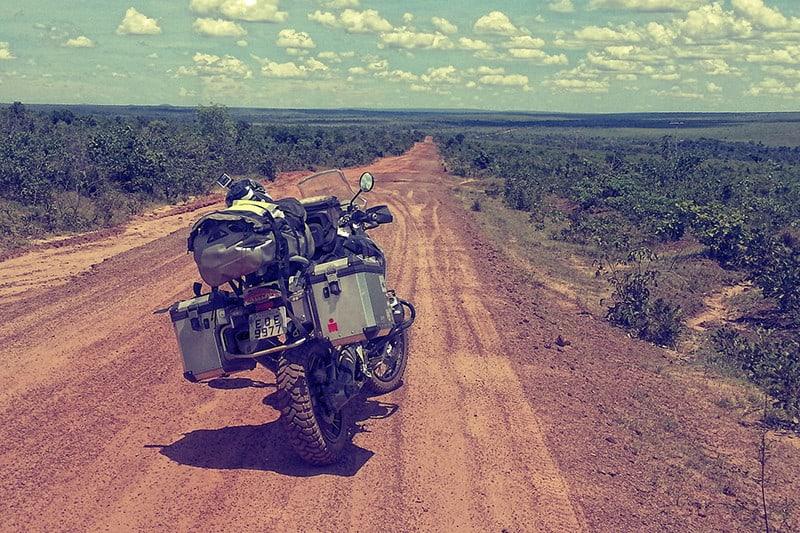 Viagem percorreu mais de 8.500 quilômetros, cruzando 16 estados do País. Para conhecer o 'Brasil real', trip trocou rodovias por estradas secundárias, cruzando cidades e vilarejos