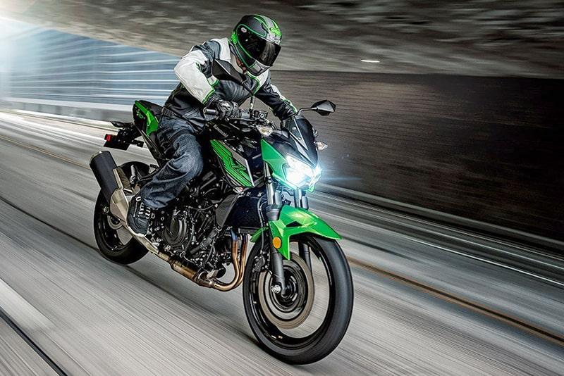 Kawasaki revela Z 400 no Salão de Milão | Moto Channel Brazil