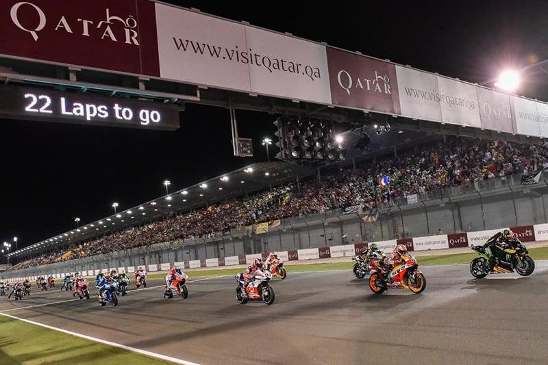 Prova noturna no Qatar abre a temporada. A Moto3 entra em cena às 10h30, a corrida da Moto2 inicia às 12h20 e da MotoGP estreia às 14h, com transmissão pela SporTV2
