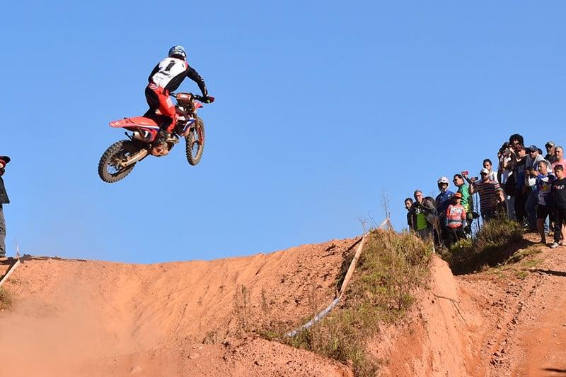 Crivilin durante o Brasileiro de Enduro FIM em Campos do Jordão (SP) - Foto: Janjão Santiago / Mundo Press