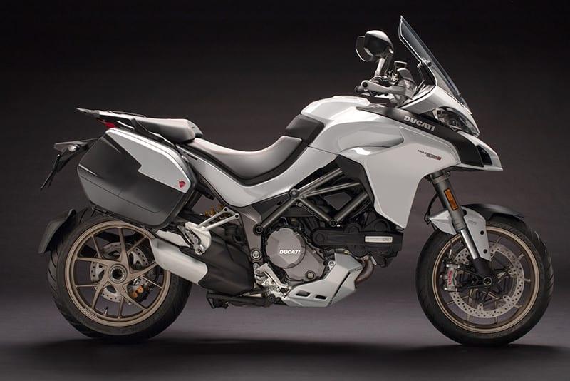 Vermelho não combina com você? Não tem problema. As concessionárias já estão recebendo a Ducati Multistrada 1260 S em branco