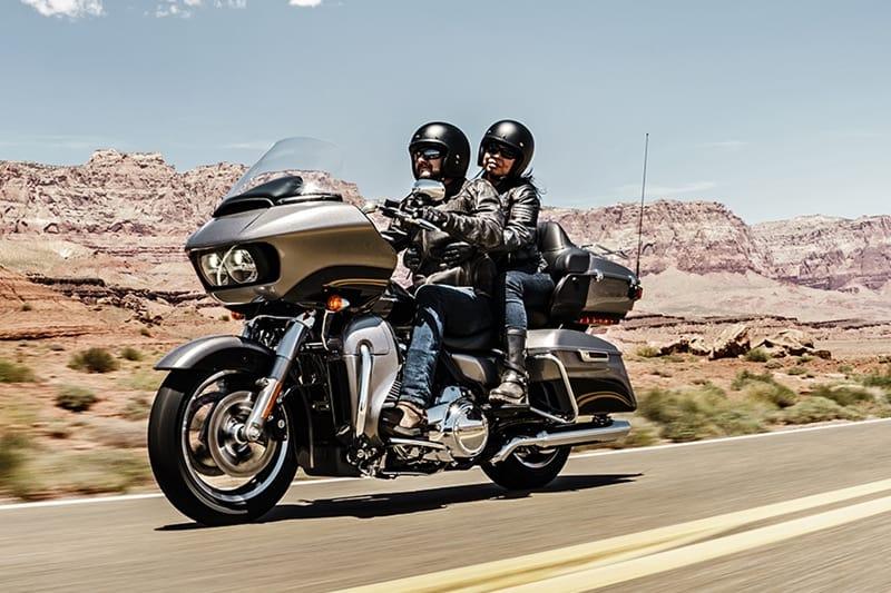 O importante é colocar a moto na estrada, principalmente se ela foi feita para isso
