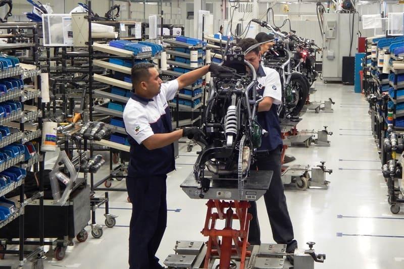 Fábrica de motos da BMW no Brasil é a maior do mundo fora da Alemanha