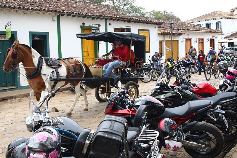Bike Fest acontece em Tiradentes, município histórico de Minas Gerais, no final de junho