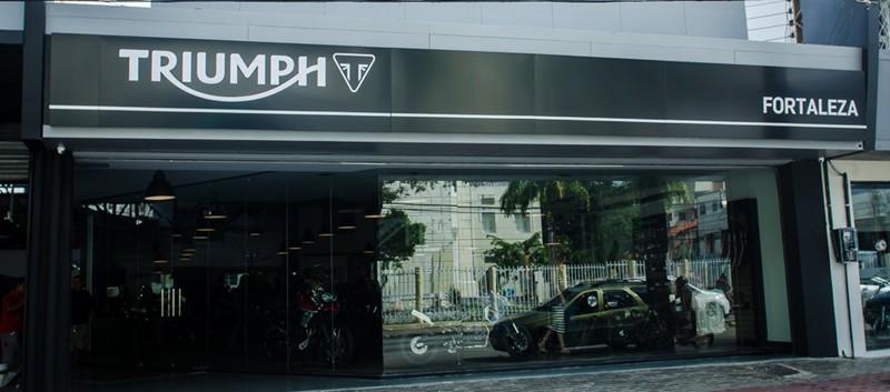 Nova concessionária Triumph Fortaleza: meta de vender 100 motos até o final do ano