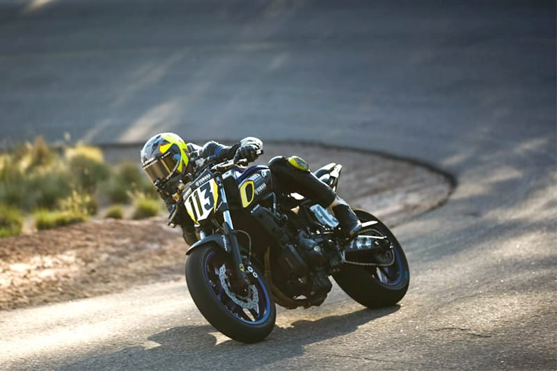 Nas mãos de Rafael Paschoalin a MT 07 nacional encara motos de até 4 cilindros e 1200 cilindradas no Pikes Peak 2019. Corrida acontece neste domingo, com pole da valente naked