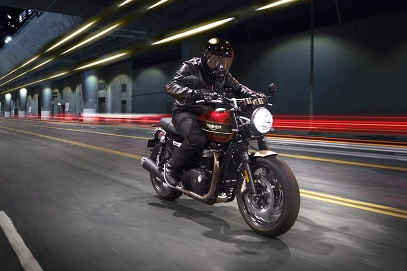 Motor de 1.200 cm³ e considerável pacote eletrônico prometem agradar motociclistas que buscam por esportividade ao mesmo tempo em que apreciam conforto e estilo