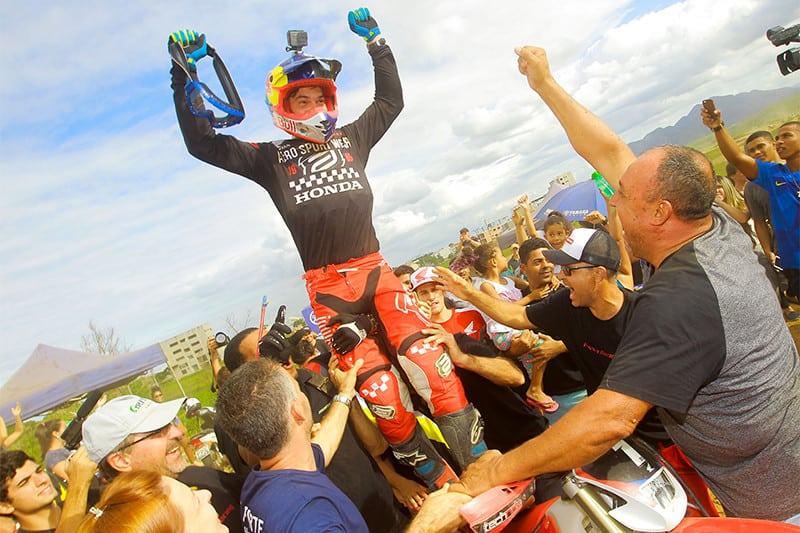 Atual campeão nas categorias principais, Bruno Crivilin não deu chance para os adversários ao correr em casa - Foto: Idário Café / Mundo Press