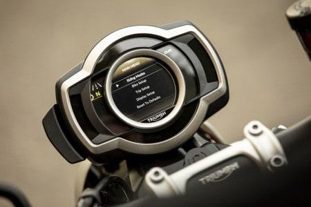 triumph-street-scrambler-1200-xc-motonline-3