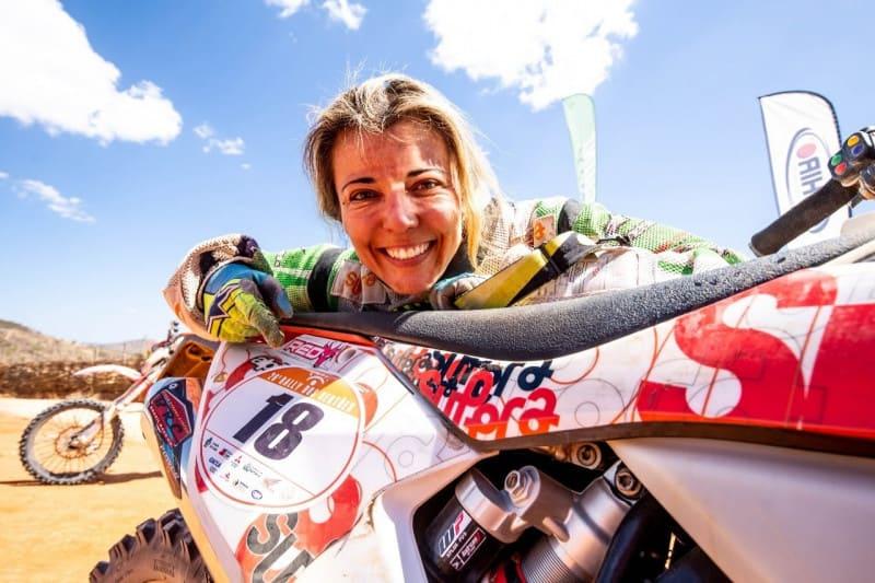 Moara Sacilotti é figura carimbada no Rally dos Sertões. Com 18 largadas, piloto cresceu junto da prova