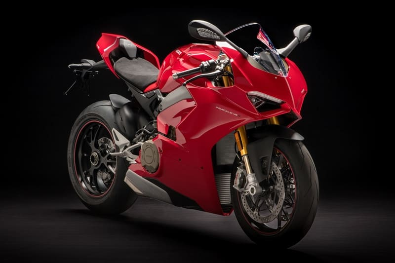 A Ducati Panigale V4 S é o que de mais próximo da MotoGP o consumidor pode ter hoje