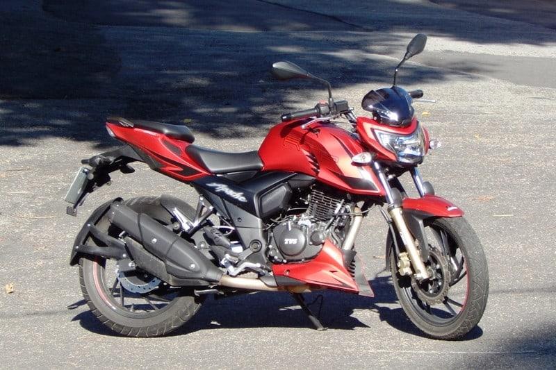 Apache RTR 200: linhas modernas, design esportivo e preço acessível: R$12.490