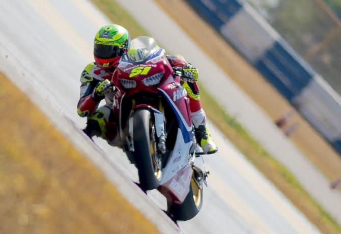 Superbike Brasil assiste a novo show de Eric Granado