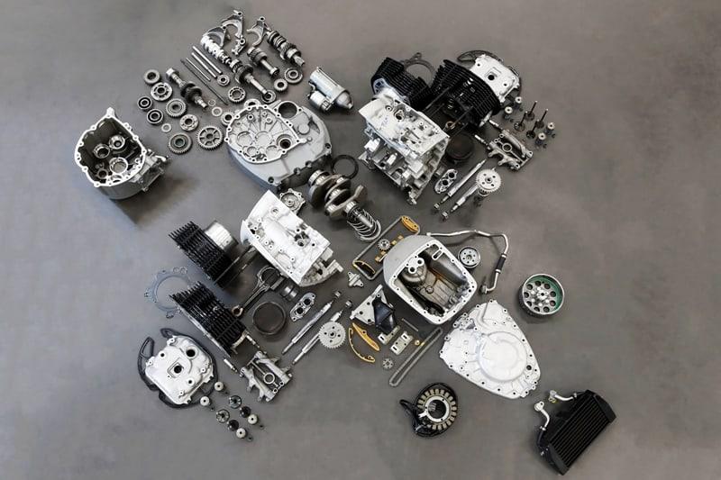 Assim desmontado fica bem simples de entender a arquitetura do maior motor boxer já fabricado pela BMW