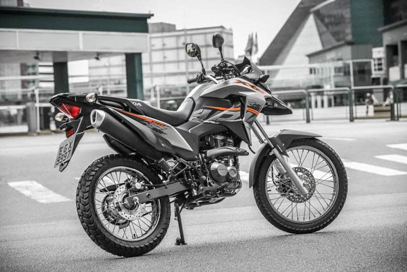 XRE 190 Special Edition tem disponibilidade na exclusiva cor prata fosco