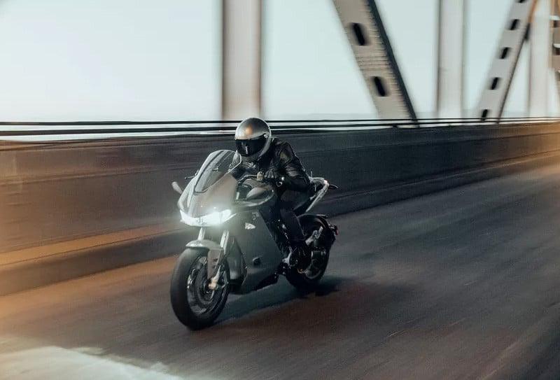 SR/S se apresenta como modelo de ponta da Zero Motorcycles
