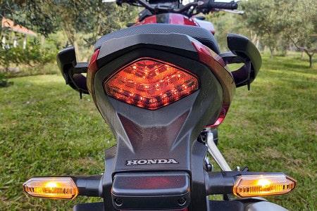 ... e iluminação full LED são novidades