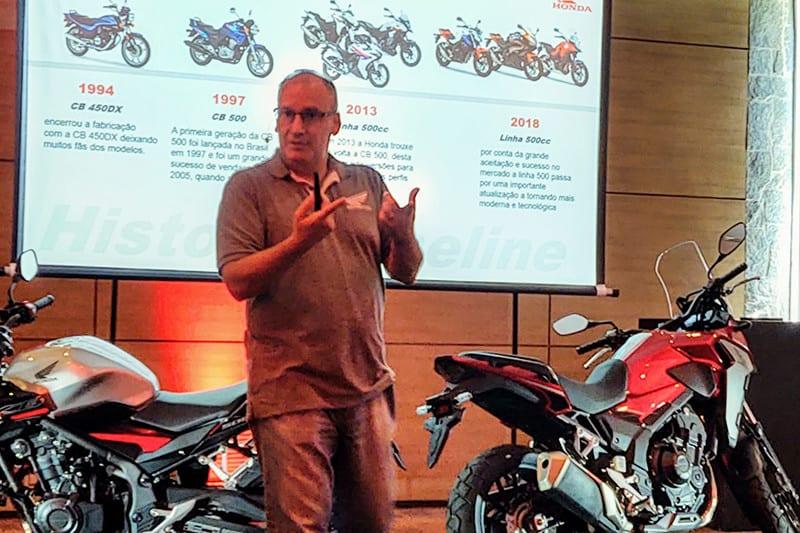 Engenheiro Alfredo Guedes apresentando novas CB 500F e CB 500X